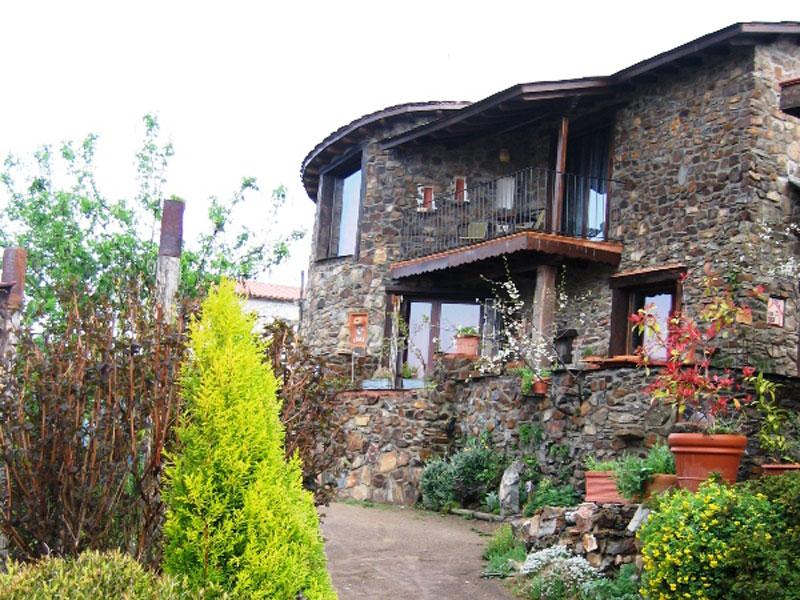 Las casas rurales jardines del robledo - Jardines del robledo ...